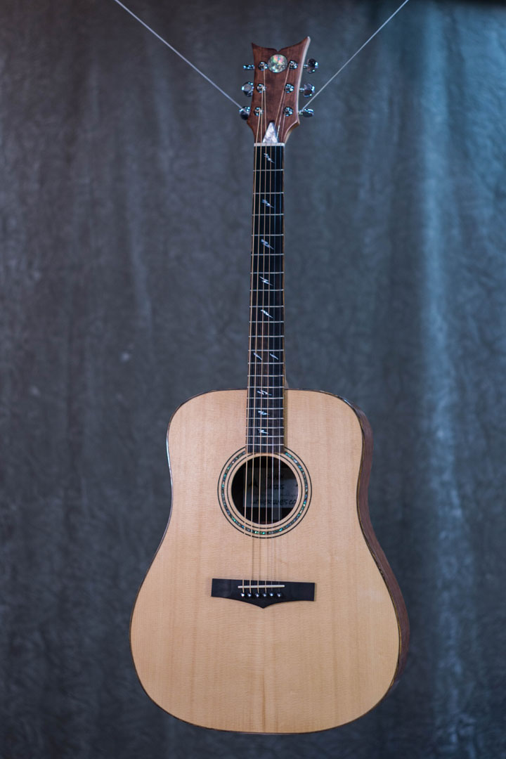 roberto venn student guitarAcousticFinals 1 Fall 2018