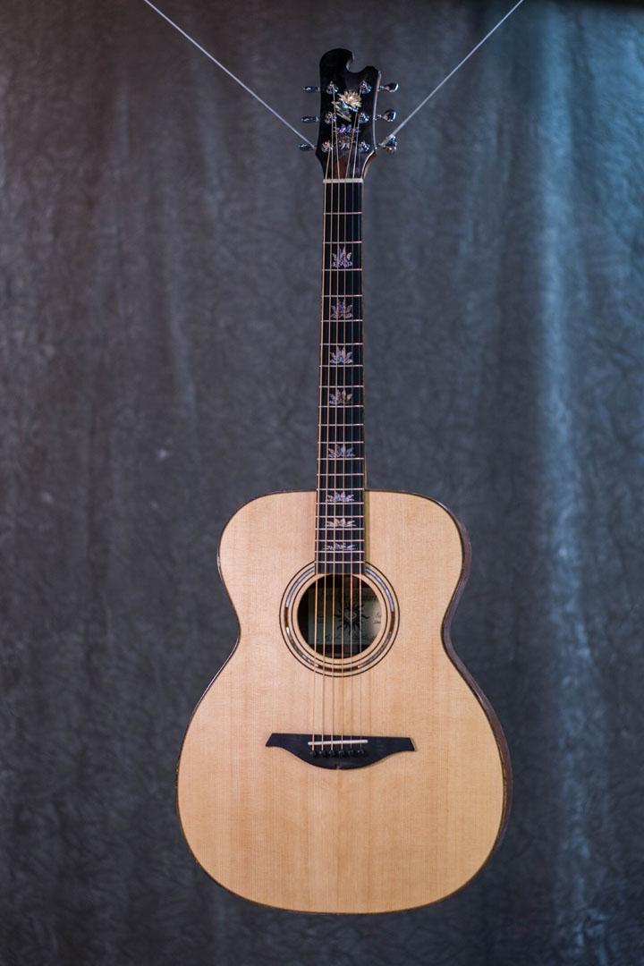 roberto venn student guitarAcousticFinals 13 Fall 2018