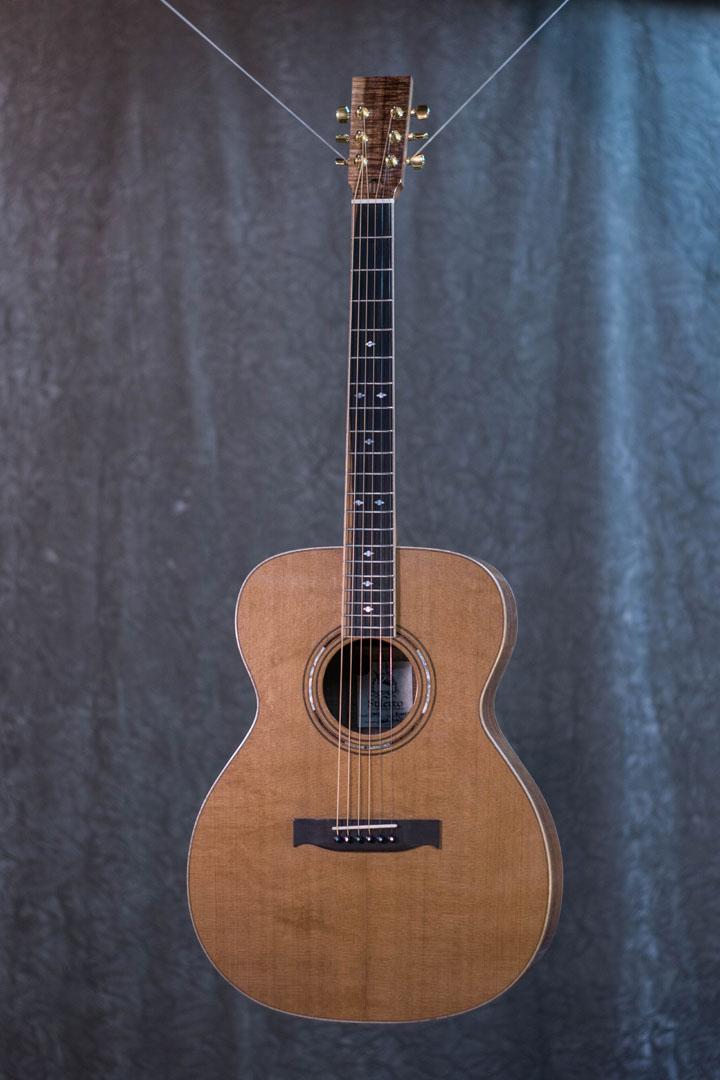roberto venn student guitarAcousticFinals 31 Fall 2018