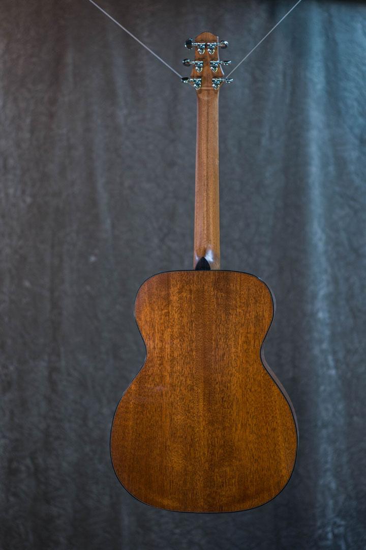 roberto venn student guitarAcousticFinals 38 Fall 2018