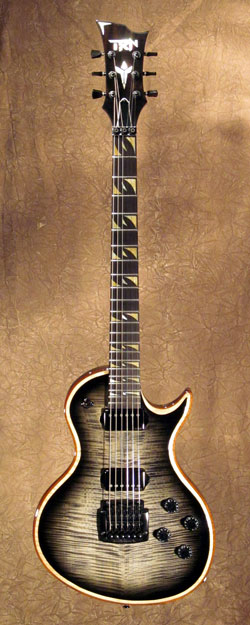 roberto venn student guitarNichols1 Fall 2014