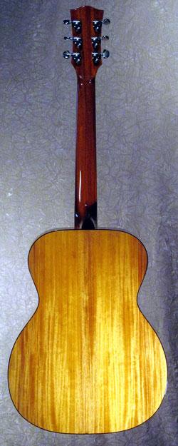 roberto venn student guitarSmith2b Fall 2014