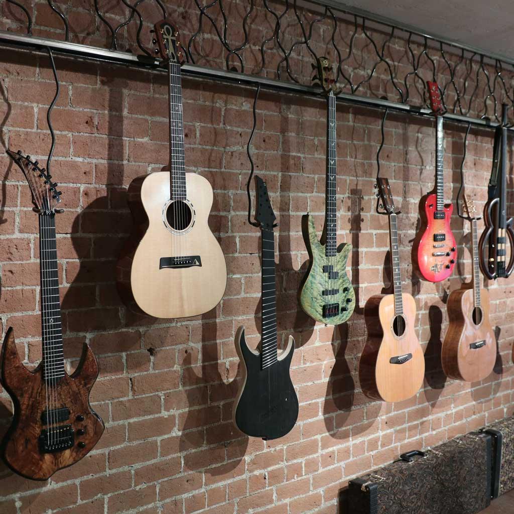 roberto venn student guitars img 1711 square Home