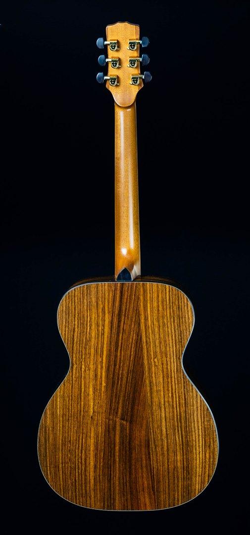 roberto venn student guitar Acoustic Joncas back15 Spring 2021
